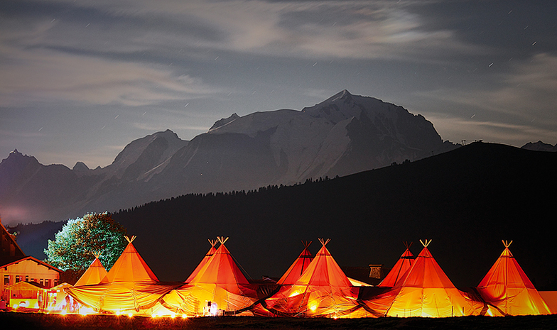 Tentipis Party, Col des Aravis with Mont Blanc, La Clusaz