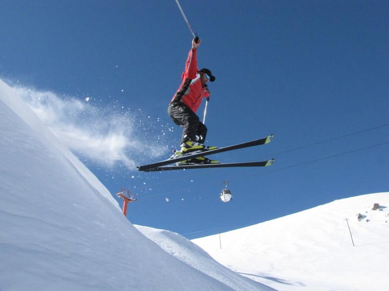 akbar jamshidnezhad, Pooladkaf Ski Resort