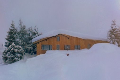 Basecamp Andermatt got snow!