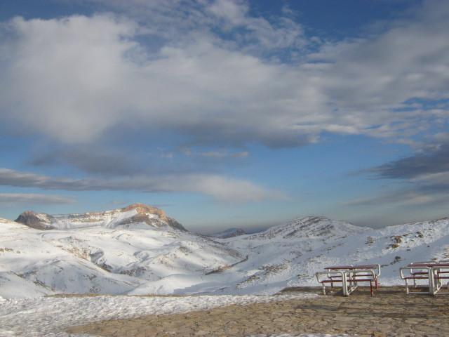 ronj az namaye dor, Pooladkaf Ski Resort