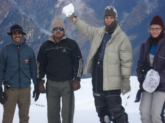 friends at auli