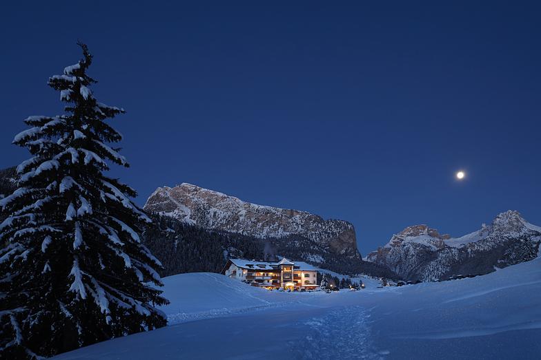 Evening moon, Val Gardena