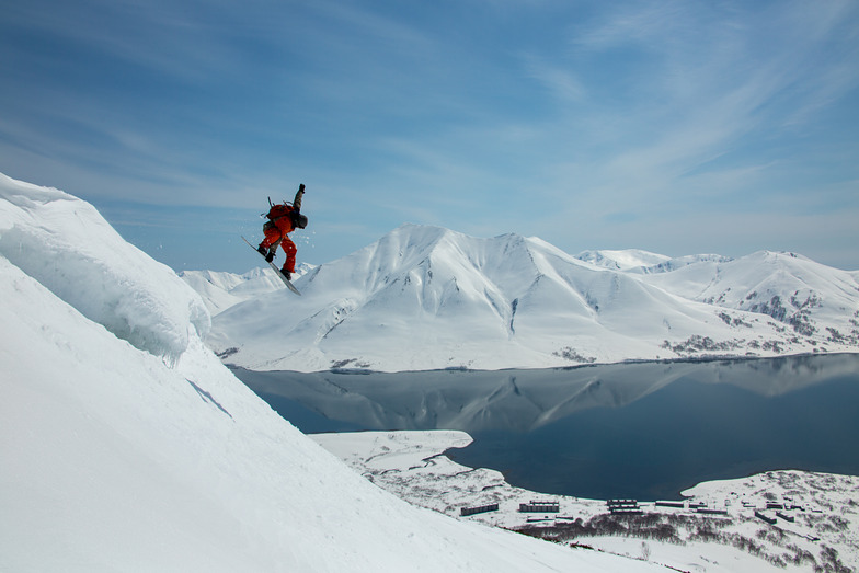 Heliboarding with Helipro, Snow Valley - Kamchatka