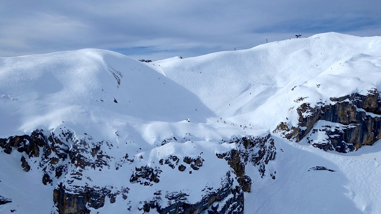 Amazing BELLA LUI  ski run, Crans Montana