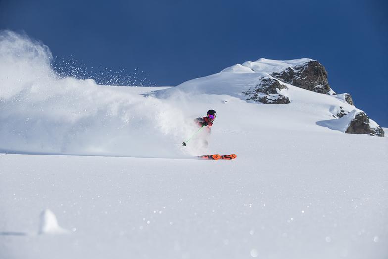 Deep Alpine Snow, Last Frontier Heliskiing