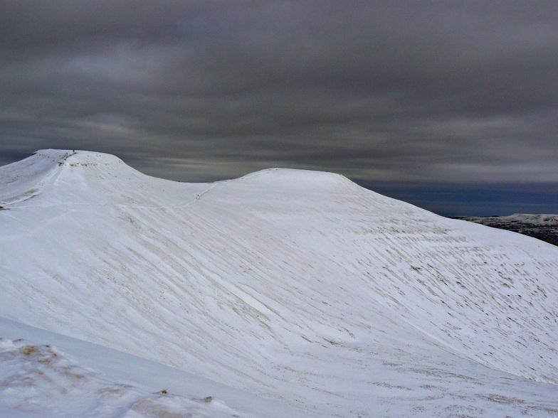 The 2 peaks, Pen-y-Fan