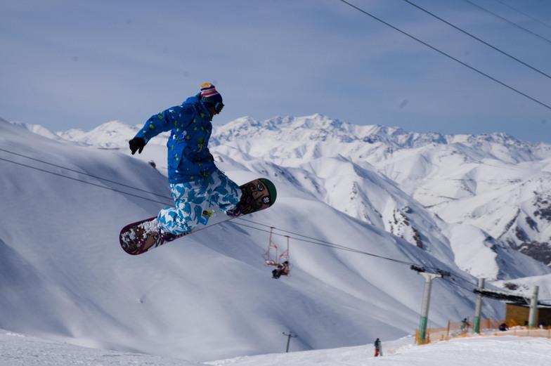 dizin-ski-jump-tehran