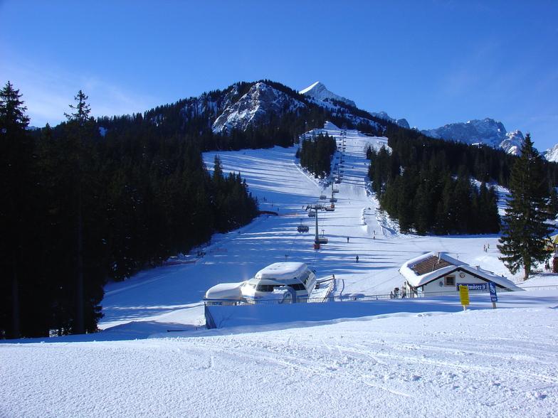 Map Of Germany Garmisch.Garmisch Partenkirchen Zugspitze Ski Resort Guide Location Map