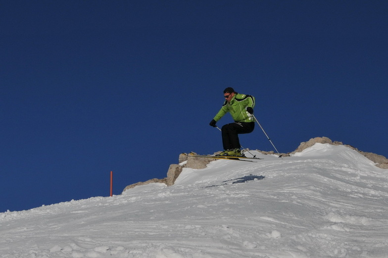 skiing in Greece, Mount Parnassos