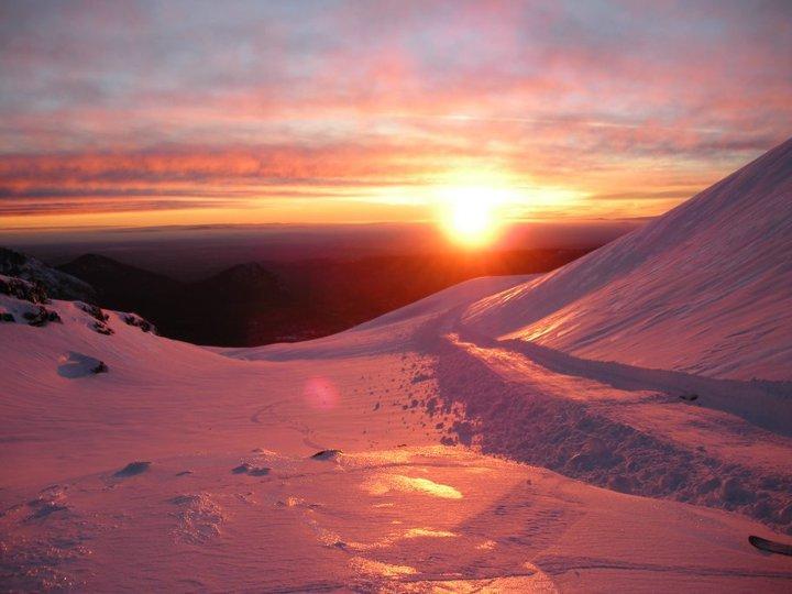Atardecer en Centro de Ski Las Araucarias