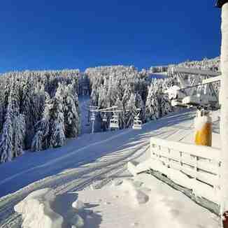 Bezbog, Bezbog Ski Centre