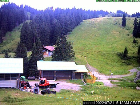 latest snow report photo Monday 19 April 2021