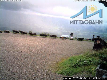 Immenstadtの雪を表すウェブカメラのライブ映像