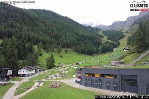 Klausbergの雪を表すウェブカメラのライブ映像