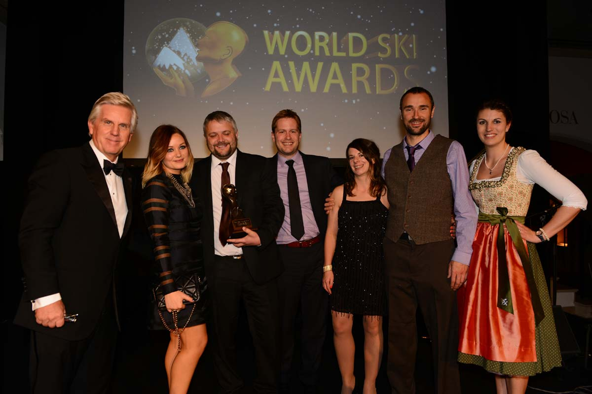 World-Ski-Awards-Team-Photo.jpg