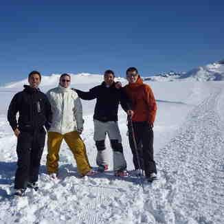 Amigos en el Plateau 1.700 MSNM www.capiltriquitron.com.ar, Perito Moreno