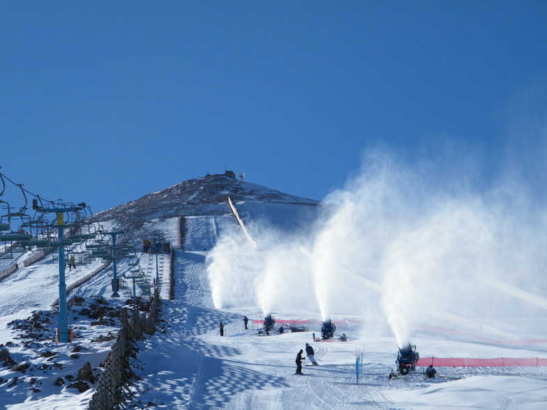 Snow making, El Colorado