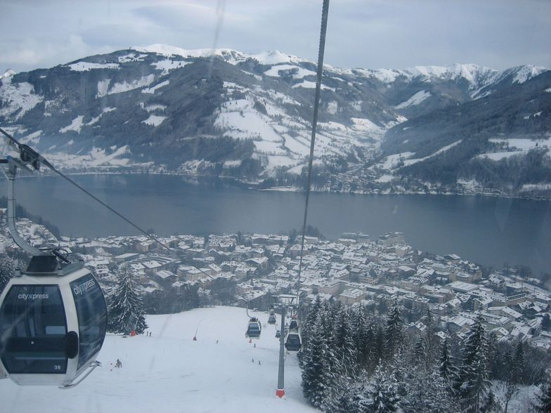 Zell Am See town and lake