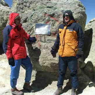Reza Pirvaly & Hungrian Climber Peter Fazekash, Mount Damavand