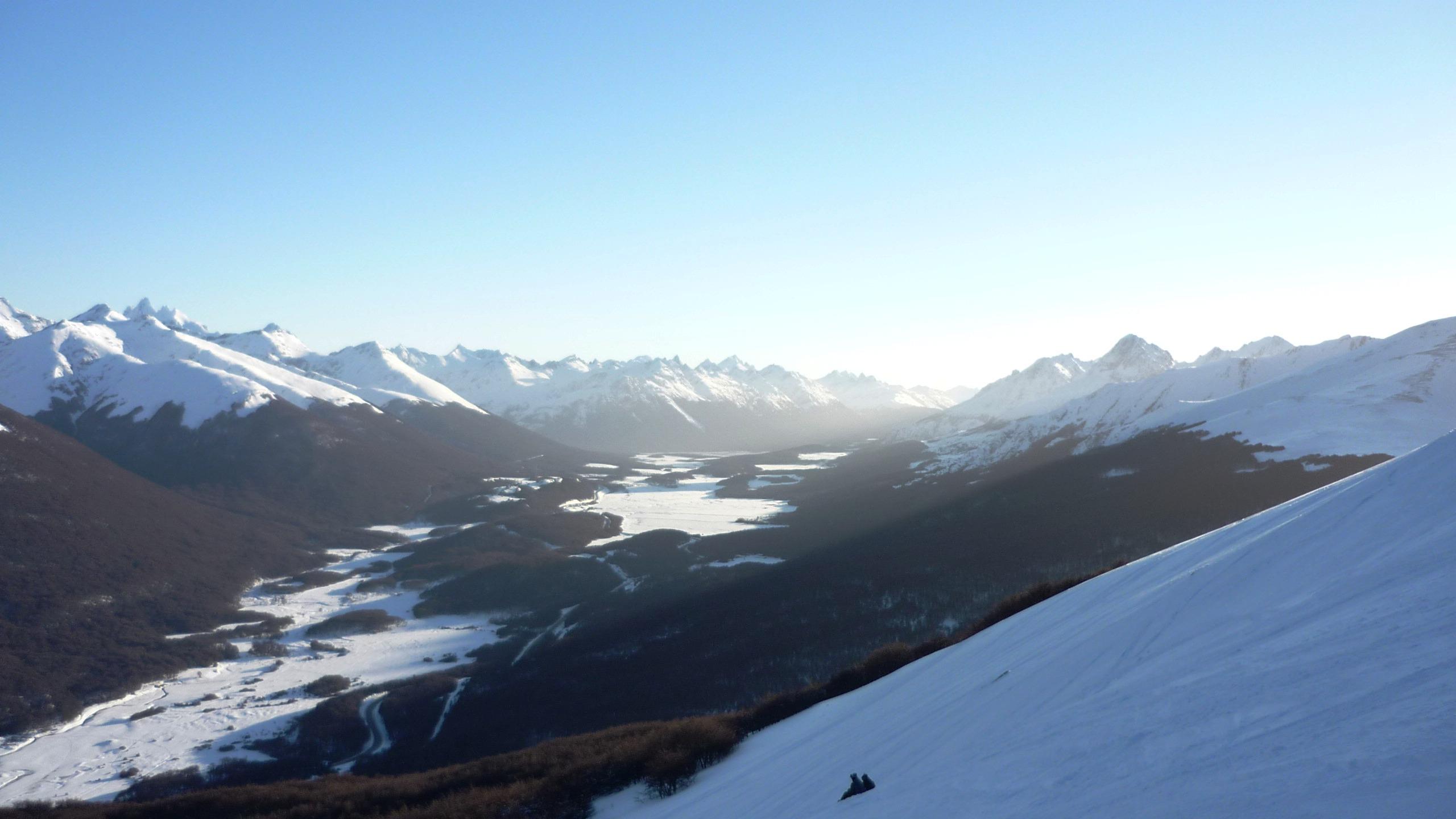 Vista del Valle desde Halcon Peregrino, Cerro Castor