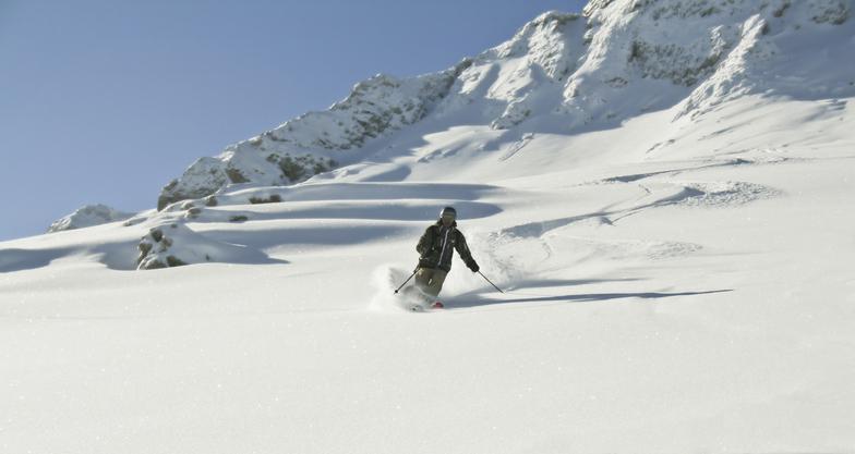Mt Parnassos-Kelaria snow