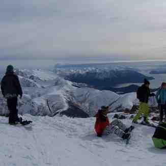 Volcan desde el filo con FreshTracks, Cerro Catedral