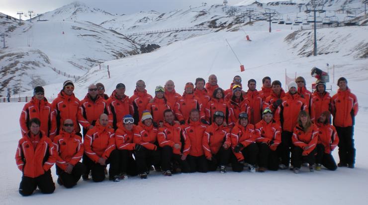 Escuela de Esqui Boi taull