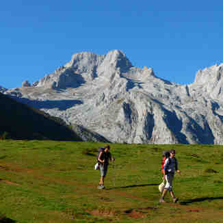 Las Traviesas by Vic, Picos De Europa