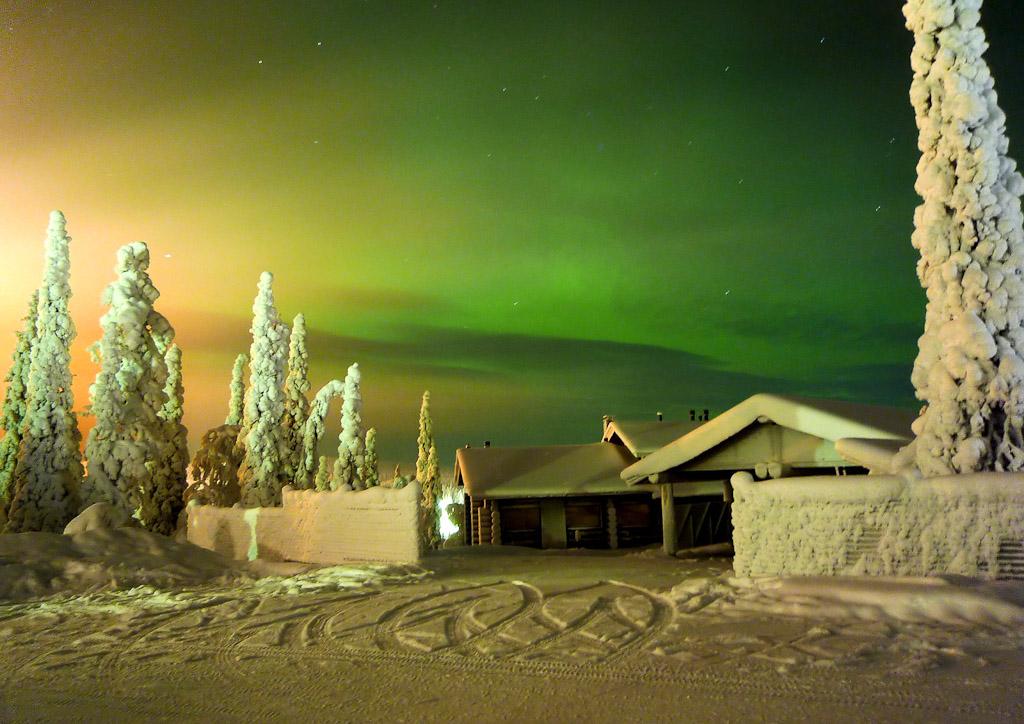 Northern Lights, Skiing, Finalnd, Ruka