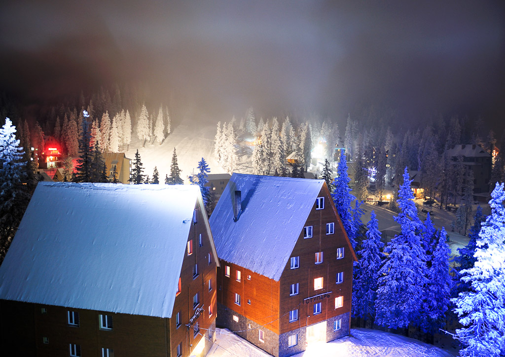 Night snow Drahobrat, Ukraine