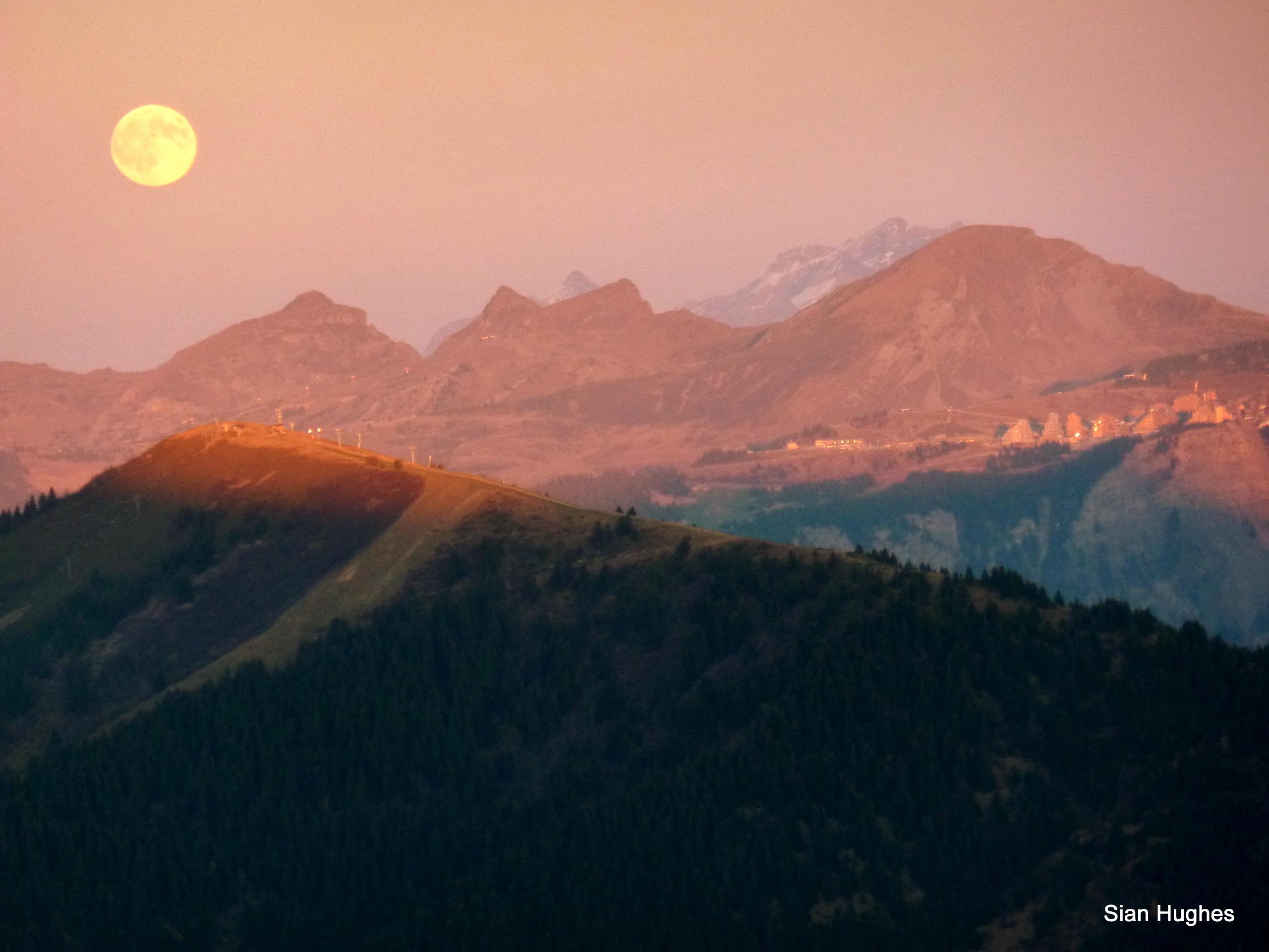 Full moon rising, Avoriaz