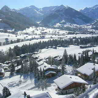 Gstaad Snow: Gstaad from Rellerli