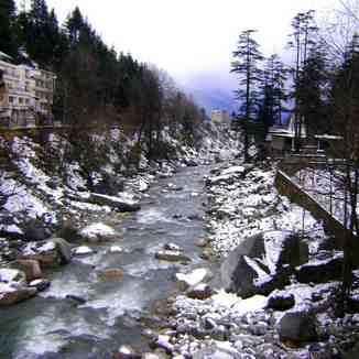 snow capped rocks, Manali (Himachal Heli-Ski)