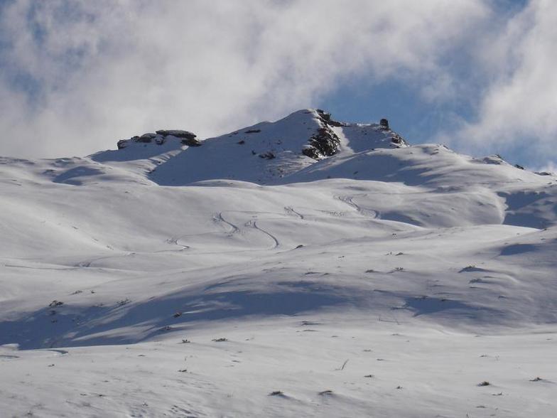 Fresh lines, Coronet Peak