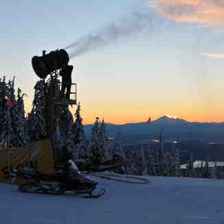 Making it Snow, Grouse Mountain