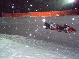 Snowtubing, Saas Grund photo