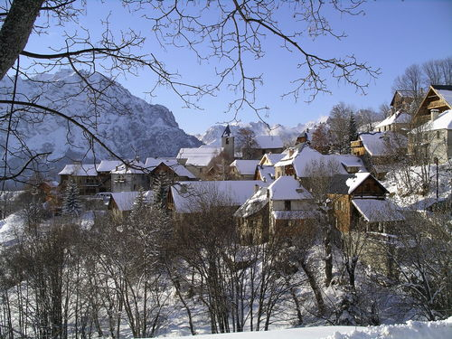 Villard-Reculas Ski Resort by: Michael Baldwin