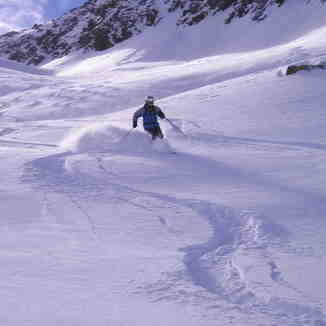 Fresh tracks, Andermatt