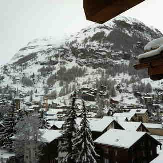 Another powder day !, Zermatt
