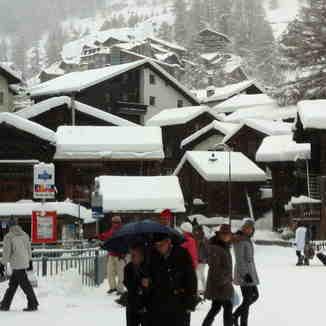 On the street by the bakery, Zermatt