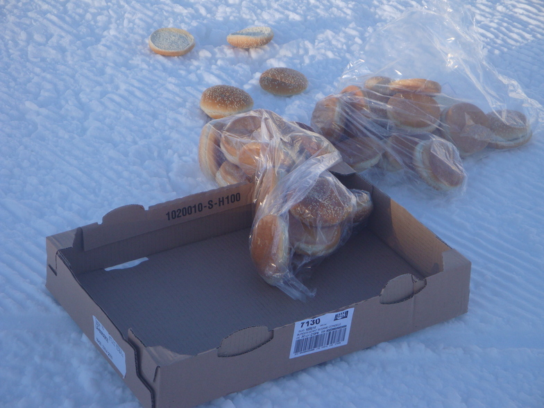 free breakfast, Isola 2000