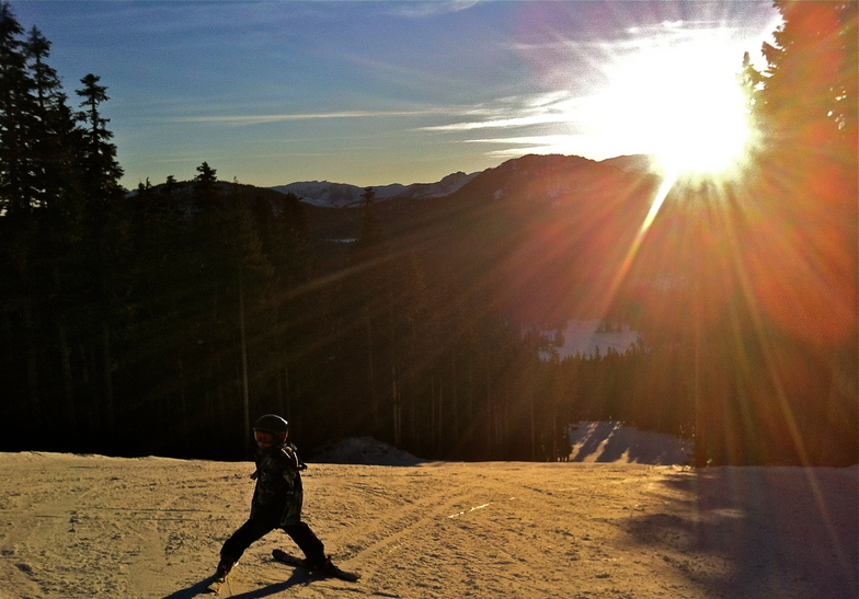 Skiin Sunset Run, Mount Washington