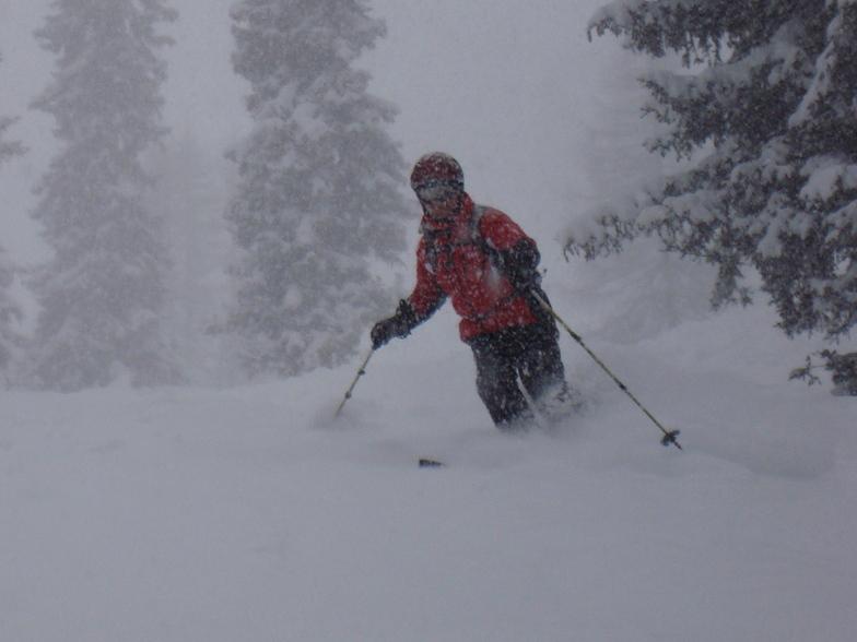 Godfrey Charnley skiing Davos powder