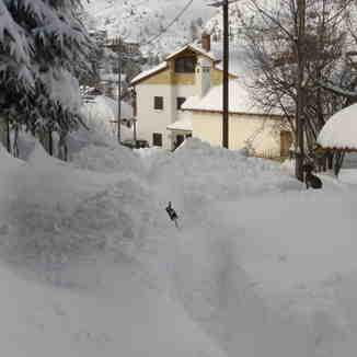 a snow path..., Seli