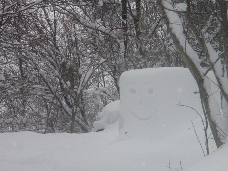 Snow makes people happy!, Courchevel
