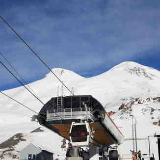 Mir station (new), Mt Elbrus