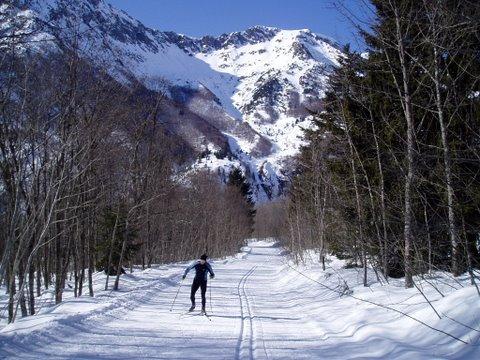 Col d' Ornon Ski Resort by: Guy Little