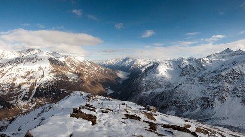 Mount Cheget Ski Resort by: Vadim