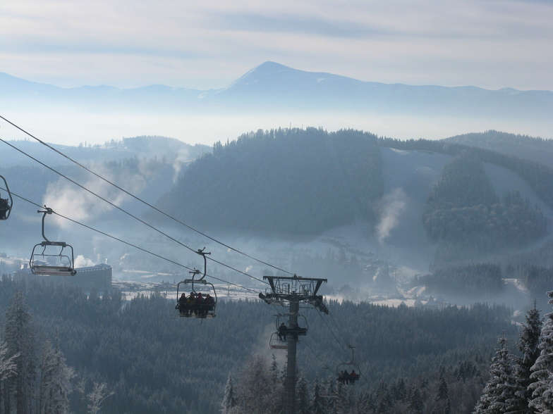 Frosty morning on the eve of St. Nicholas, Bukovel