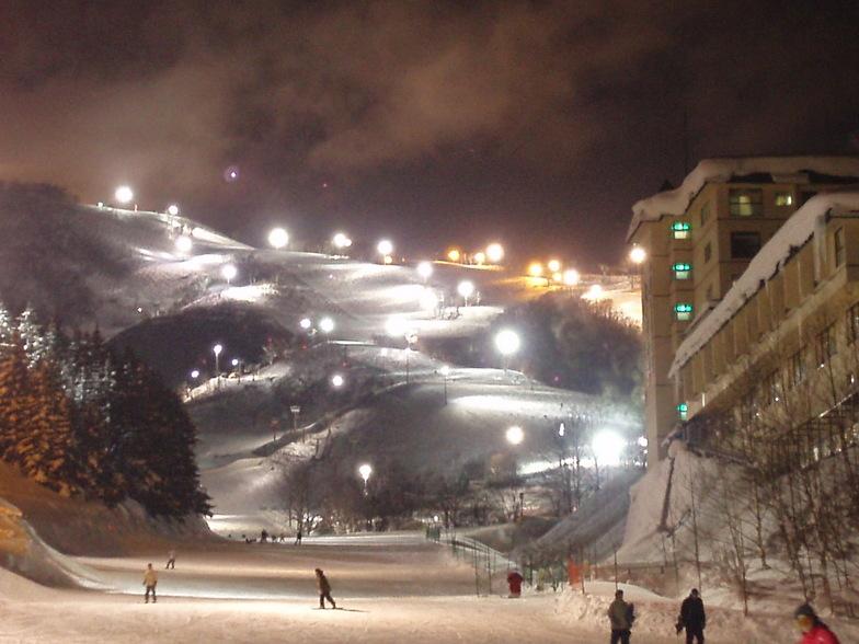 Niseko Night Lights, Niseko Grand Hirafu